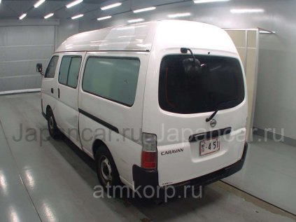 Микроавтобус NISSAN CARAVAN в Екатеринбурге