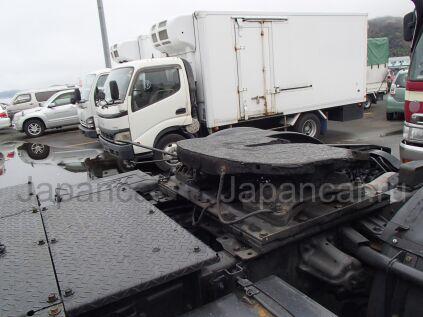 Седельный тягач Hino PROFIA 2000 года во Владивостоке