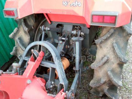 Трактор колесный Kubota GT3 2005 года в Хабаровске