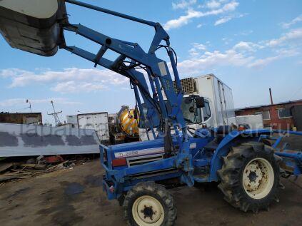 Трактор колесный ISEKI TL2900 2000 года во Владивостоке