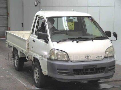 Бортовой Toyota LITE ACE TRUCK 2004 года во Владивостоке