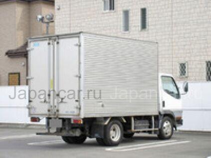 Фургон MITSUBISHI CANTER 2000 года во Владивостоке