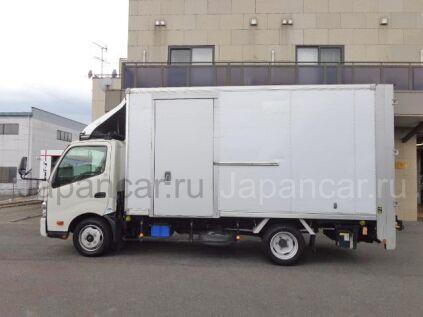 Фургон TOYOTA DYNA 2012 года во Владивостоке