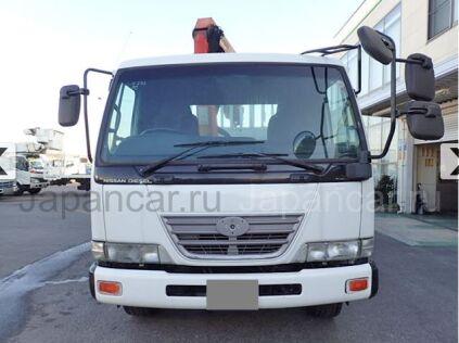 Бортовой+грейфер UD Trucks CONDOR 2003 года во Владивостоке