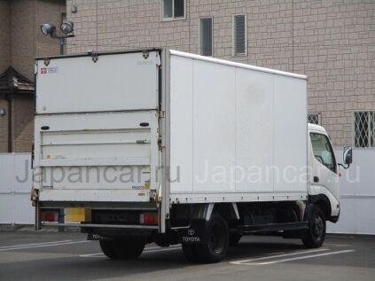 Фургон TOYOTA DYNA 2000 года во Владивостоке