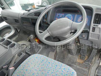 Автокран Hino RANGER 2001 года во Владивостоке