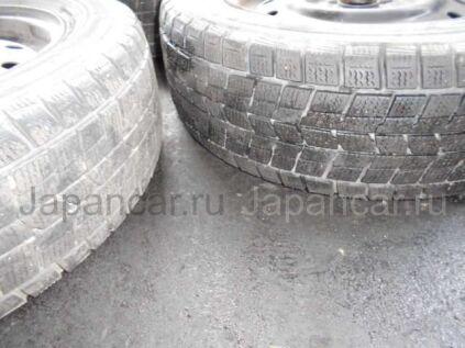 Зимние шины Dunlop 175/65 14 дюймов б/у в Уссурийске