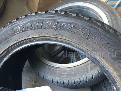 Зимние шины Bridgestone Blizzak 235/55 19 дюймов б/у в Благовещенске