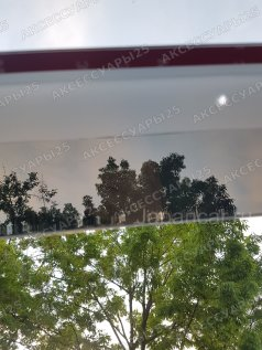 Ветровик дверной на Toyota Land Cruiser 100 во Владивостоке