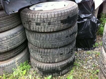 Зимние колеса Bridgestone Blizzak 185/65 15 дюймов б/у во Владивостоке