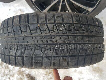 Всесезонные шины Bridgestone Blizzak revo 2 215/45 17 дюймов б/у в Находке