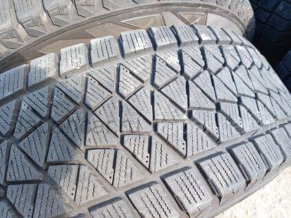 Зимние шины Bridgestone Blizzak dm-v2 215/70 16 дюймов б/у в Челябинске