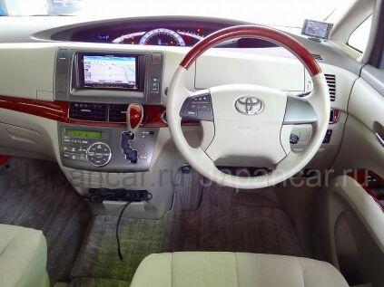 Toyota Estima 2010 года во Владивостоке