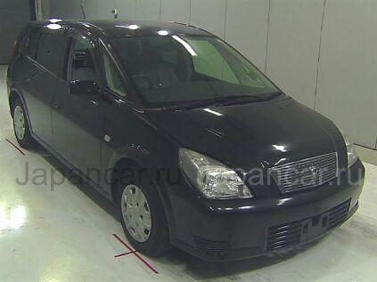 Toyota Opa 2004 года во Владивостоке