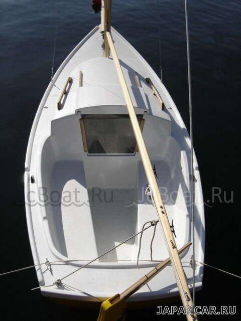яхта парусная 2005 года