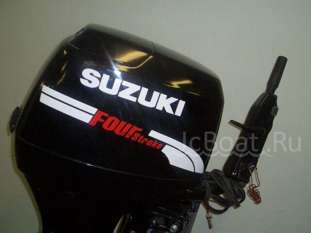 мотор подвесной SUZUKI 2001 года