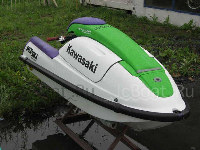 водный мотоцикл KAWASAKI 2000 года