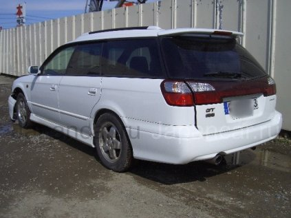 Subaru Legacy Wagon 1998 года во Владивостоке на запчасти