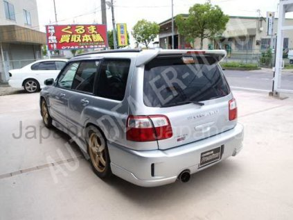 Subaru Forester 2001 года в Японии