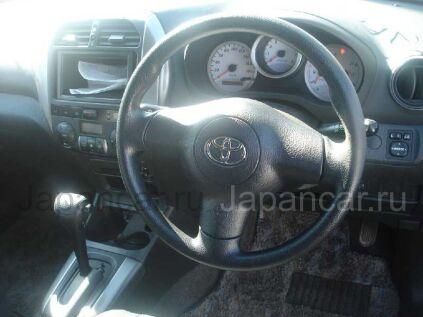 Toyota RAV4 2003 года во Владивостоке