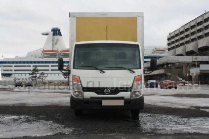 Фургон Nissan Cabstar 2010 года в Санкт-Петербурге