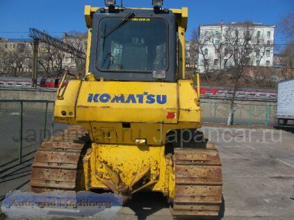 Бульдозер KOMATSU D65EX-15 2004 года во Владивостоке
