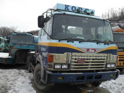 Седельный тягач Hino V10 1990 года в Находке