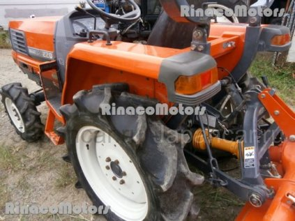 Трактор колесный Kubota GL220DT 2014 года во Волгограде