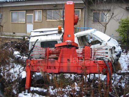 Крановая установка Unic SPECIAL-V 1985 года во Владивостоке