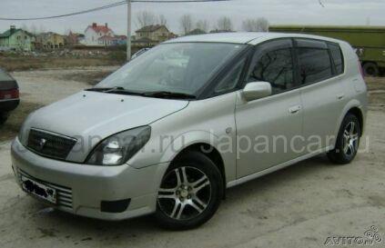 Toyota Opa 2000 года в Краснодаре