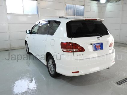 Toyota Ipsum 2003 года во Владивостоке