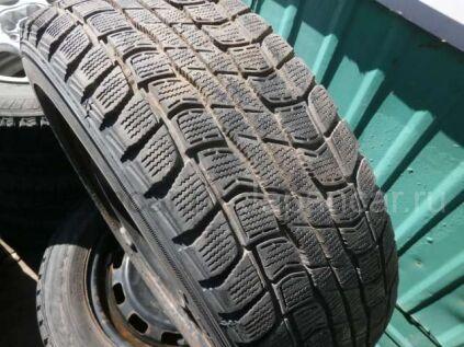 Зимние шины Dunlop 185/65 14 дюймов б/у во Владивостоке