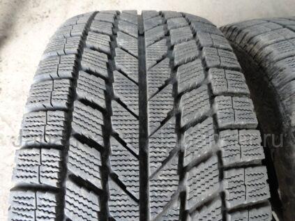 Зимние шины Toyo Garit kx 235/45 17 дюймов б/у во Владивостоке