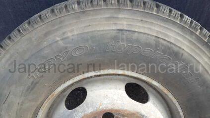 Зимние колеса Toyo 225/90 175 дюймов б/у во Владивостоке