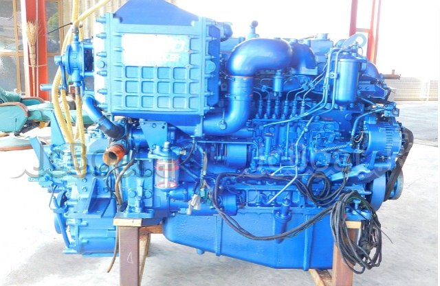 мотор стационарный YANMAR UM6SD1TCX 2000 года