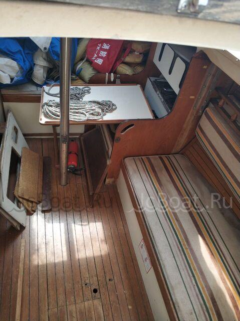яхта моторная F27 1986 года