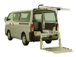 Nissan NV350 Caravan Van with Lifter 2017 г.