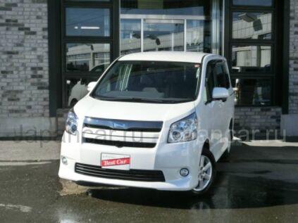 Toyota Noah 2010 года в Японии