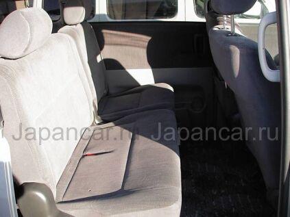 Toyota Noah 2003 года в Японии