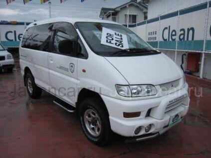 Mitsubishi Delica 2000 года в Японии