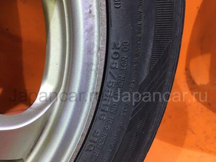 Зимние шины Dunlop Dsx-2 205/55 16 дюймов б/у во Владивостоке