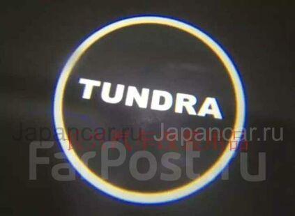 Логотипы на Toyota Tundra во Владивостоке