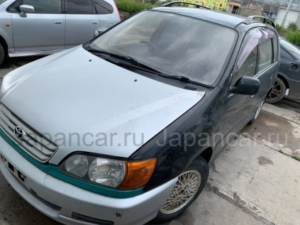 Toyota Ipsum 1999 года в Абакане
