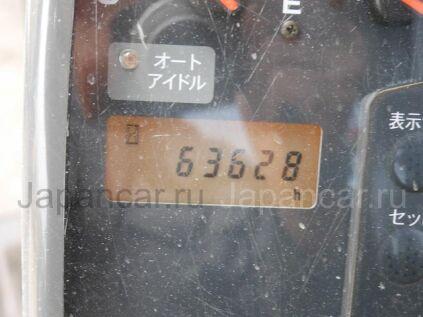 Экскаватор Hitachi ZX75US-A 2003 года в Японии