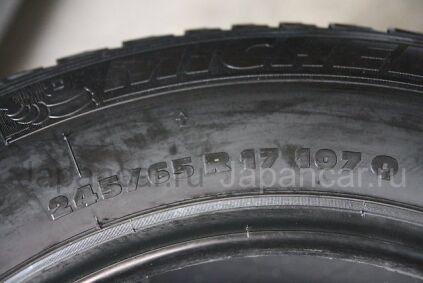Зимние шины Michelin 245/65 17 дюймов б/у во Владивостоке