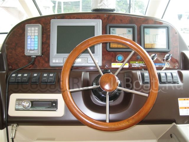 катер TOYOTA MARINE Ponam 28 GII 2005 г.