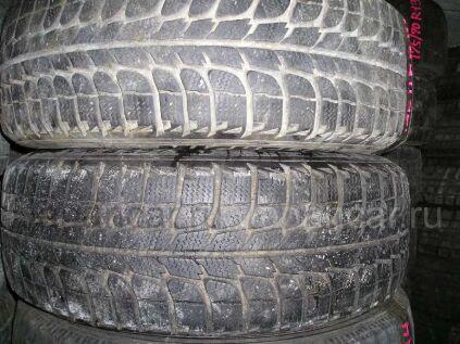 Зимние шины Michelin X-ice 175/65 14 дюймов б/у во Владивостоке