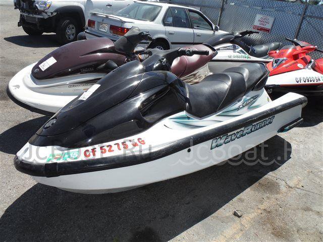 водный мотоцикл YAMAHA XL760 2002 года