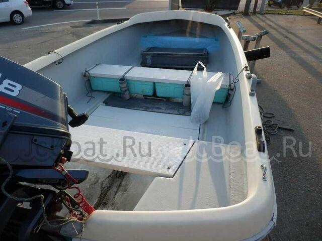 лодка пластиковая YAMAHA 12 2000 года